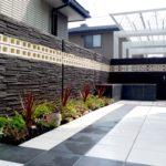 大阪でエクステリアに興味ある方|庭にタイルを使うメリットと注意点を解説!