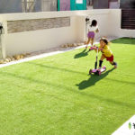 大阪で外構工事をする方に!芝生と人工芝はどちらがメリットが大きいのか?