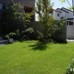 大阪で外構工事を考えている方に庭を芝生にするメリットや注意点を紹介